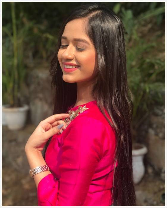 jannat zubair images innocent download